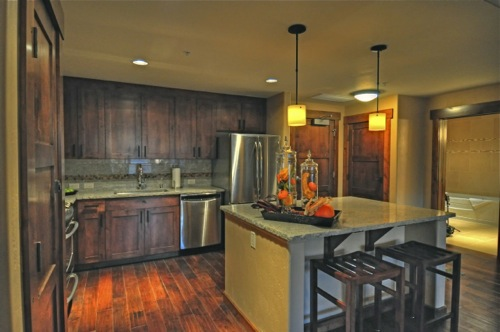 trailheadlodge-kitchen.jpg